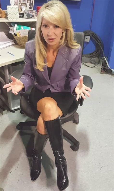 THE APPRECIATION OF BOOTED NEWS WOMEN BLOG : catherine bosley